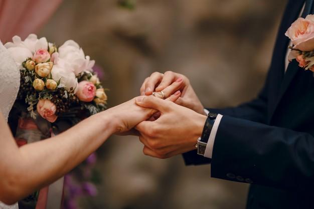 Bigamia (zdrada małżonka) jako przestępstwo karne i powód rozwodu
