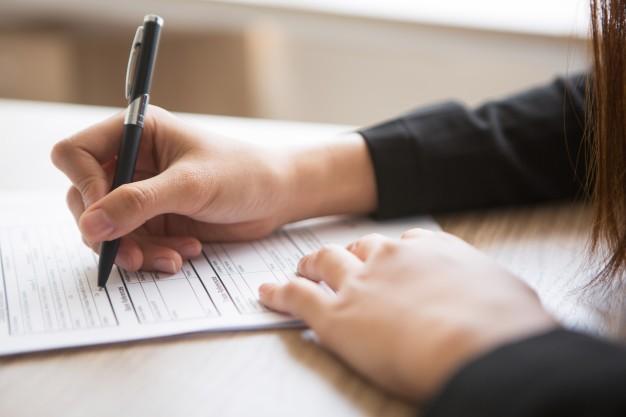 Fałszerstwo, podrobienie i przerobienie dokumentu jako wypadek mniejszej wagi - art. 270 § 2a kk