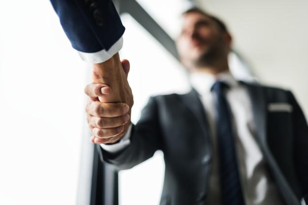 Strata, szkoda lub utracone zyski czy korzyści w spółce oraz firmie – art. 296 kk