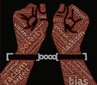 Propagowanie faszyzmu, totalitaryzmu oraz nienawiści na tle różnic narodowościowych, etnicznych, rasowych i religijnych