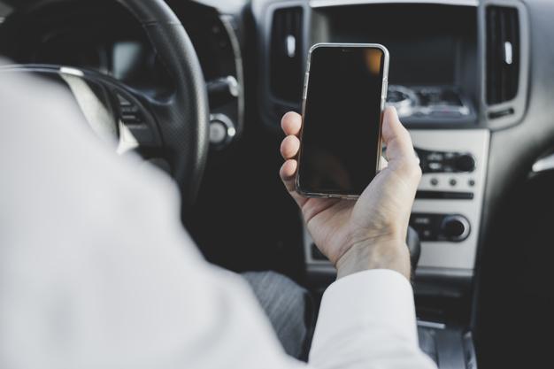 Kolizja czy wypadek drogowy z powodu naruszenia zasady ograniczonego zaufania w ruchu drogowym