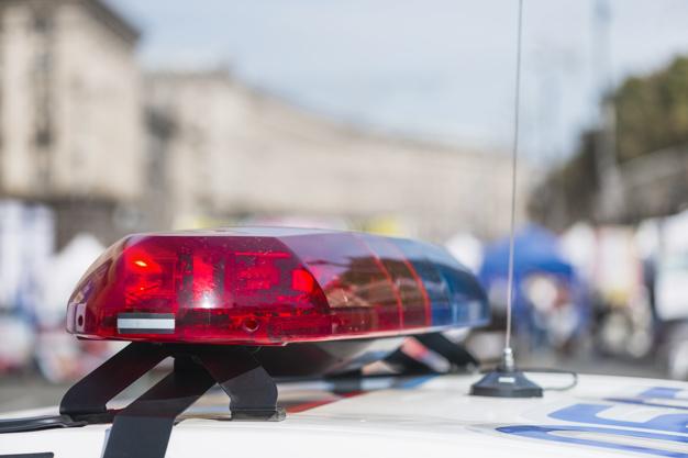 Niezatrzymanie się do kontroli policji i ucieczka - art. 178b kodeksu karnego oraz art. 92 Kodeksu wykroczeń