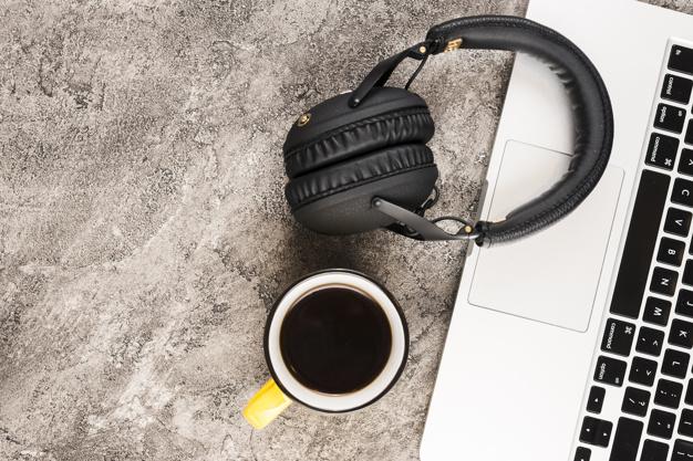 Nielegalne podsłuchiwanie, nagrywanie rozmowy, włamanie na konto czy złamanie zabezpieczenia – art. 267 kk